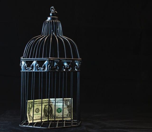penyebab devaluasi