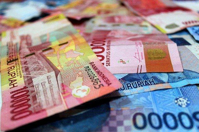 kebjakan devaluasi indonesia