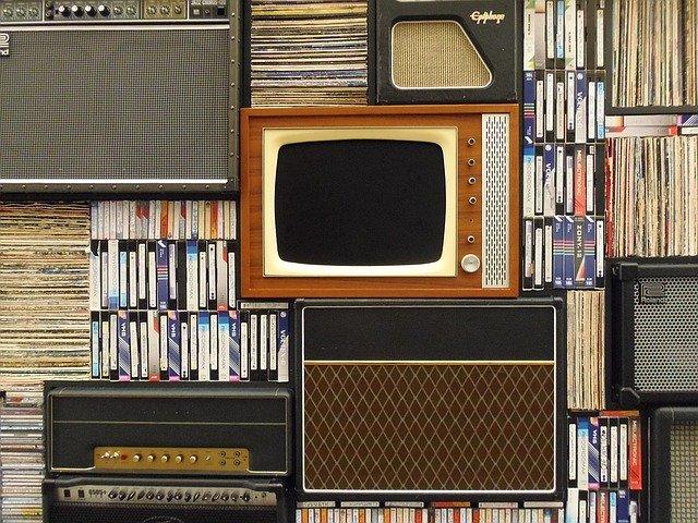 manfaat televisi