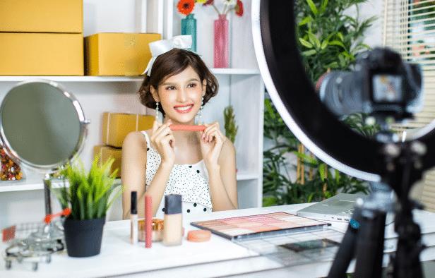 Bagaimana Vlog Bisa Menghasilkan Uang