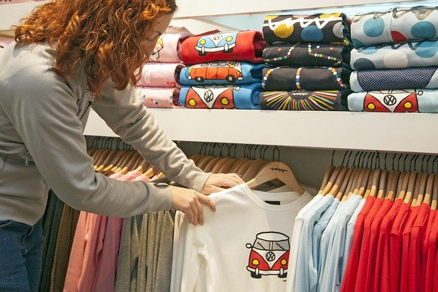 aplikasi desain t-shirt