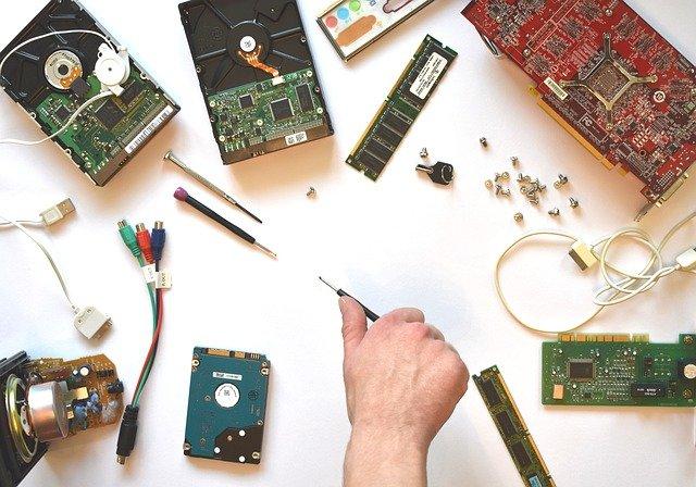 Jenis-Jenis Hardware Berdasarkan Fungsinya