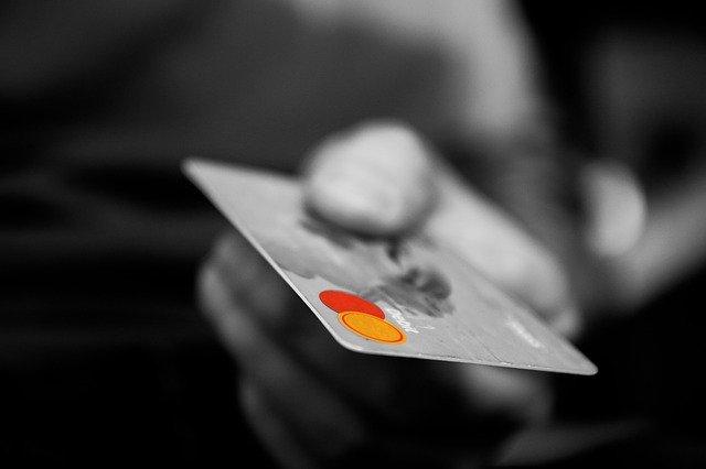 Keunggulan dan Kekurangan Prabayar dan Pascabayar
