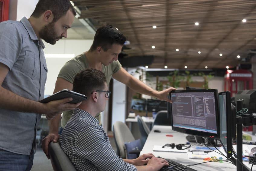 Struktur Pekerjaan di Software House